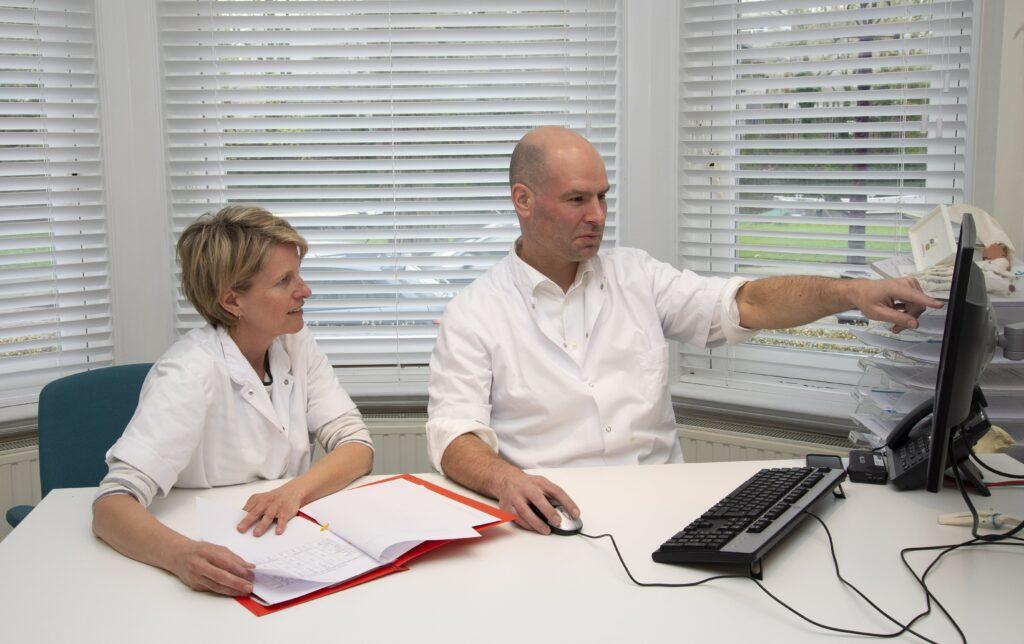 Michel en Karin 01 schouderinstabiliteit